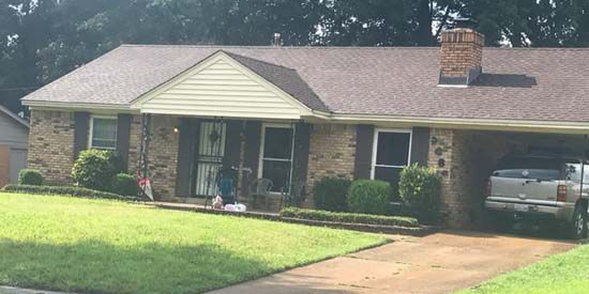 Brother accidentally shoots 12-year-old sister in leg