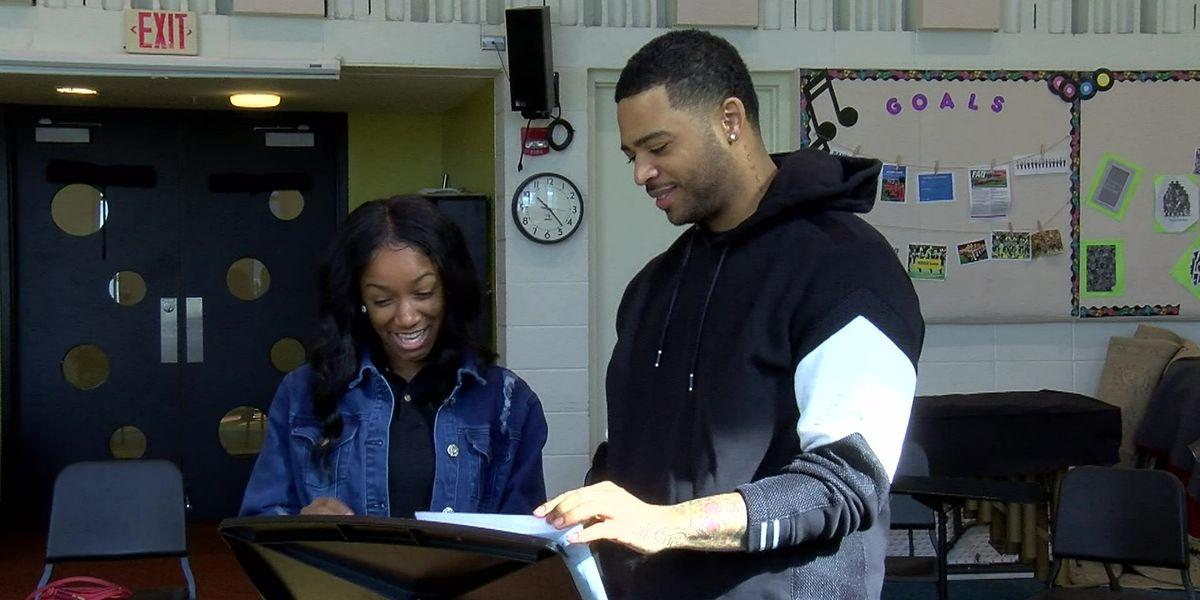 Memphis musician Kameron Whalum returns to Stax Academy