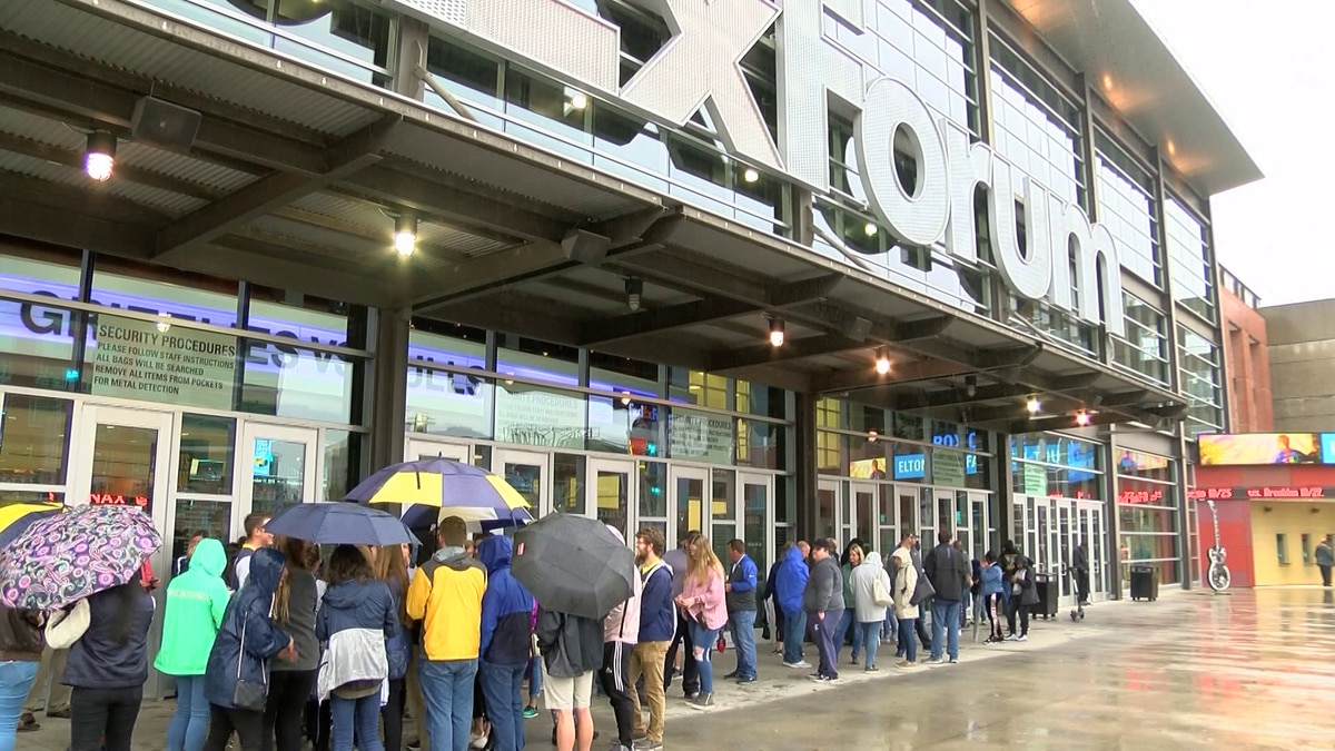 Grizzlies fans excited for new season at home opener