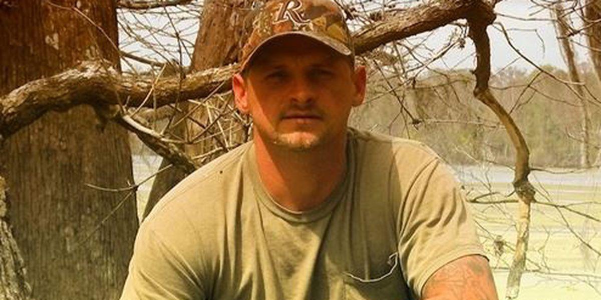 'Swamp People' Randy Edwards dies in car crash, sources say