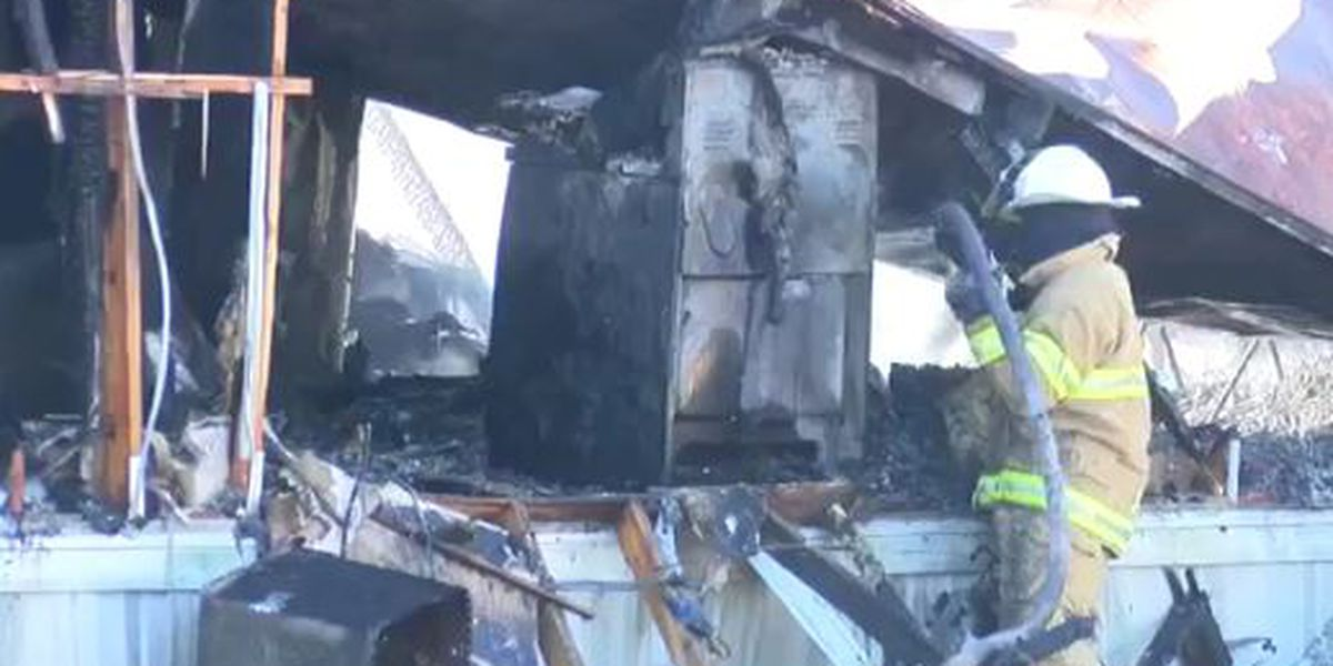 Woman, 2 children killed in Mississippi house fire