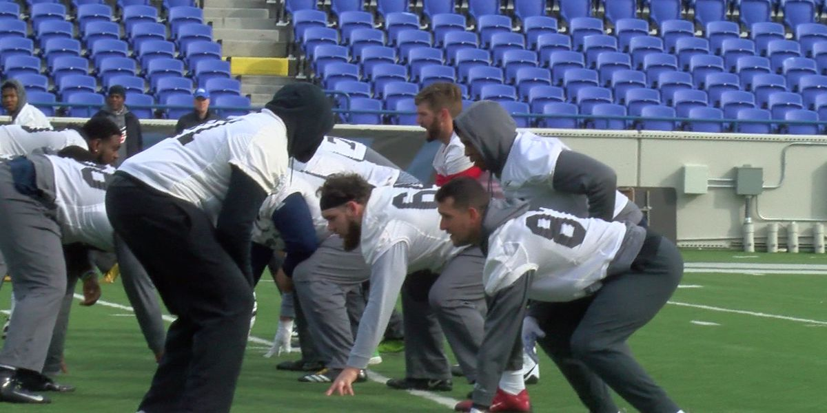 Memphis Express holds mini-camp at Liberty Bowl
