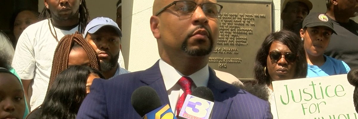 Attorney wants former police officer charged with capital murder
