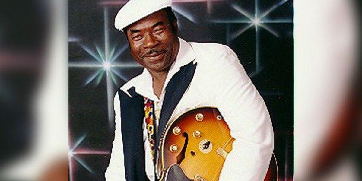 Blues legend 'Lil' Howlin' Wolf' dies at 87