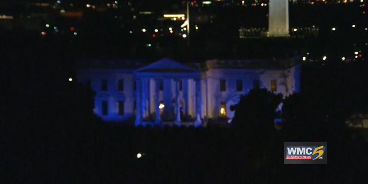 White House lights up blue for police officers
