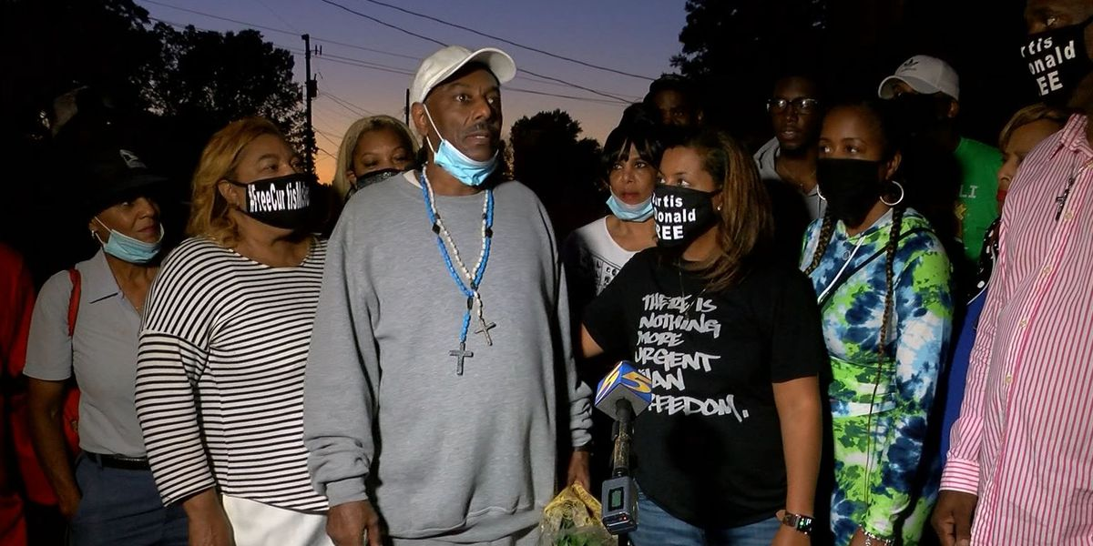 Memphis man convicted alongside Alice Marie Johnson reconnects with family after being granted clemency