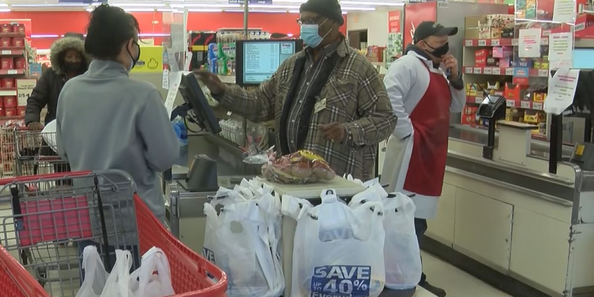Stocking up: Shoppers prepare for nearly 8 inches of snow across Mid-South