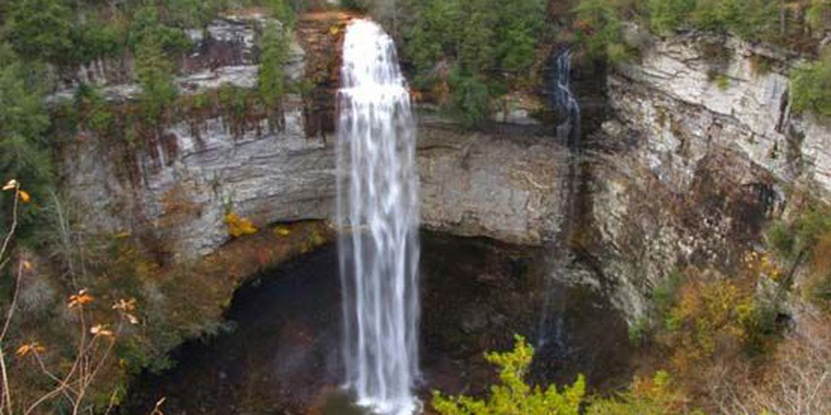 10-year-old dies from 200-foot fall at TN state park