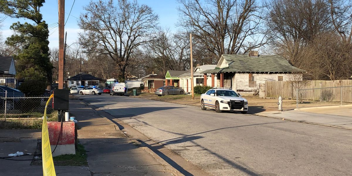 MPD investigating shooting after victim shows up at fire station