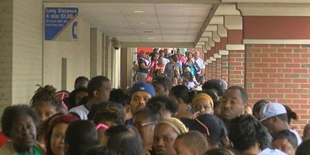 SNAP users frustrated by long lines