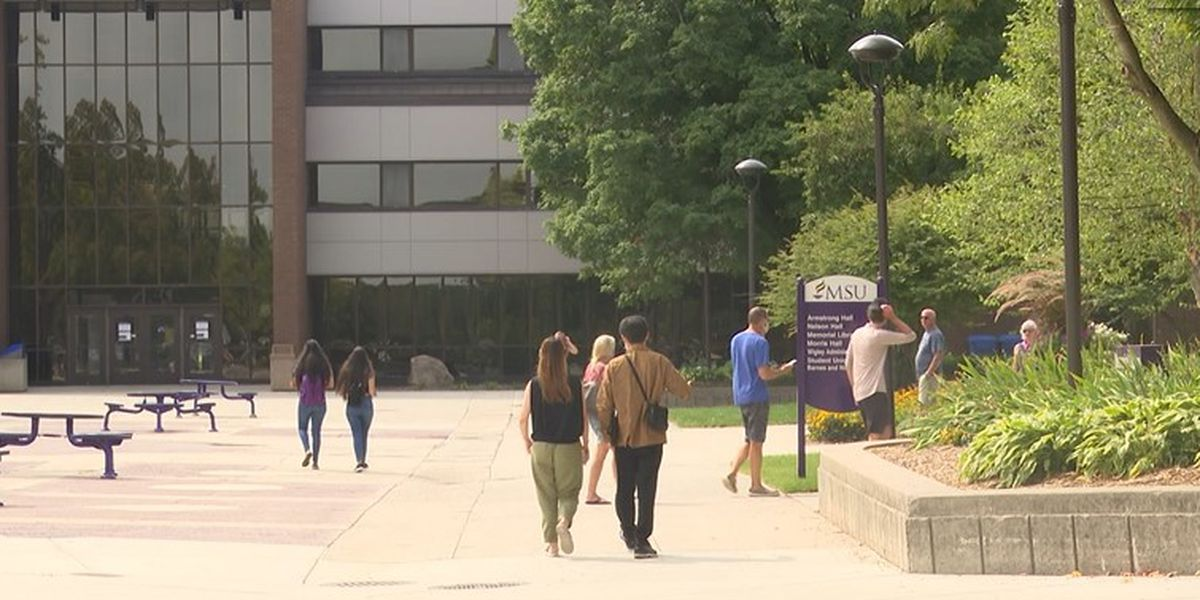 Best Life: Could COVID-19 boost college enrollment?