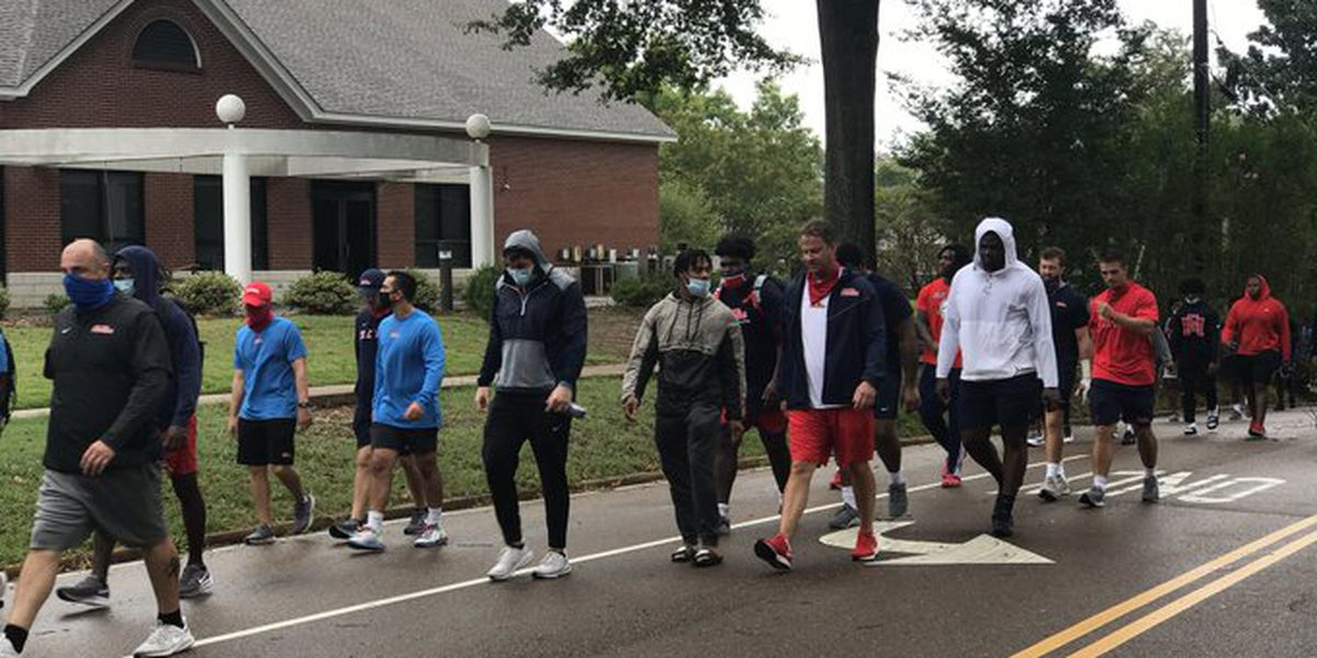Ole Miss football team protests police brutality in front of Confederate monument