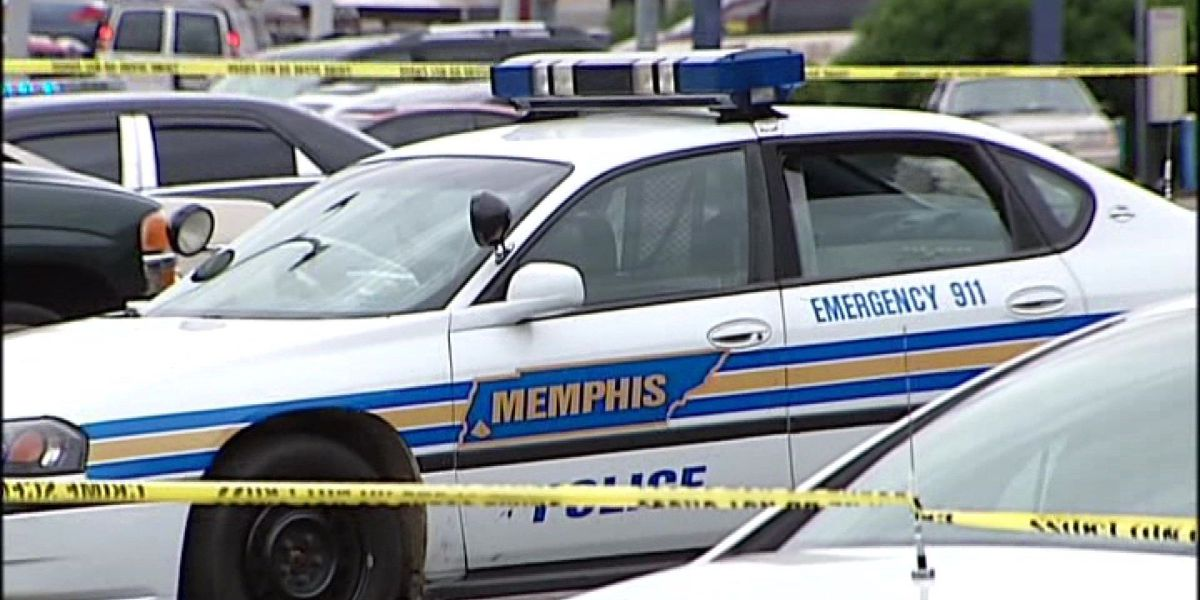City leaders look for answers to cut record 228 homicides in 2016