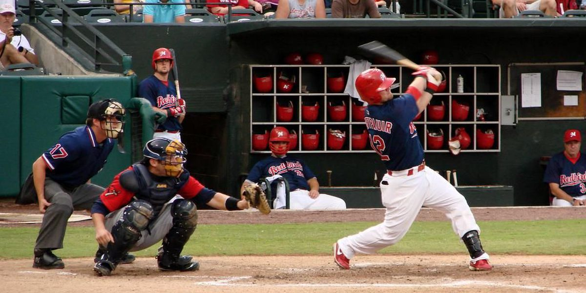 Redbirds fail to complete the sweep