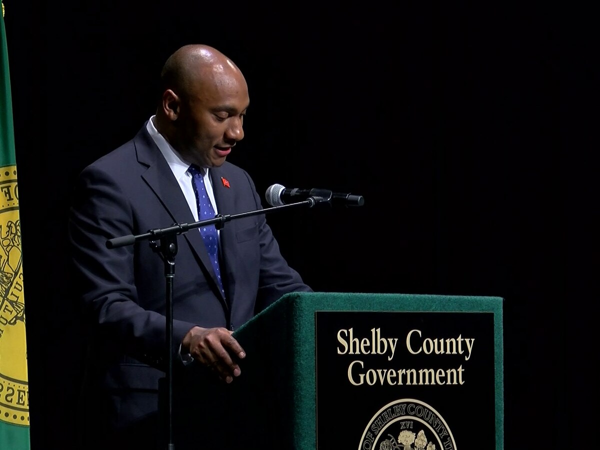 Shelby County mayor announced proposal for paid paternal leave for employees