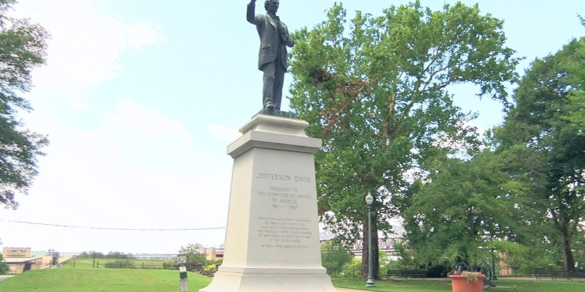 Activists want statue of Jefferson Davis removed, boycott park
