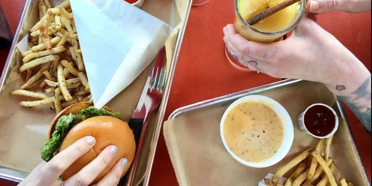 Hopdoddy Burger Bar opens its doors in Midtown