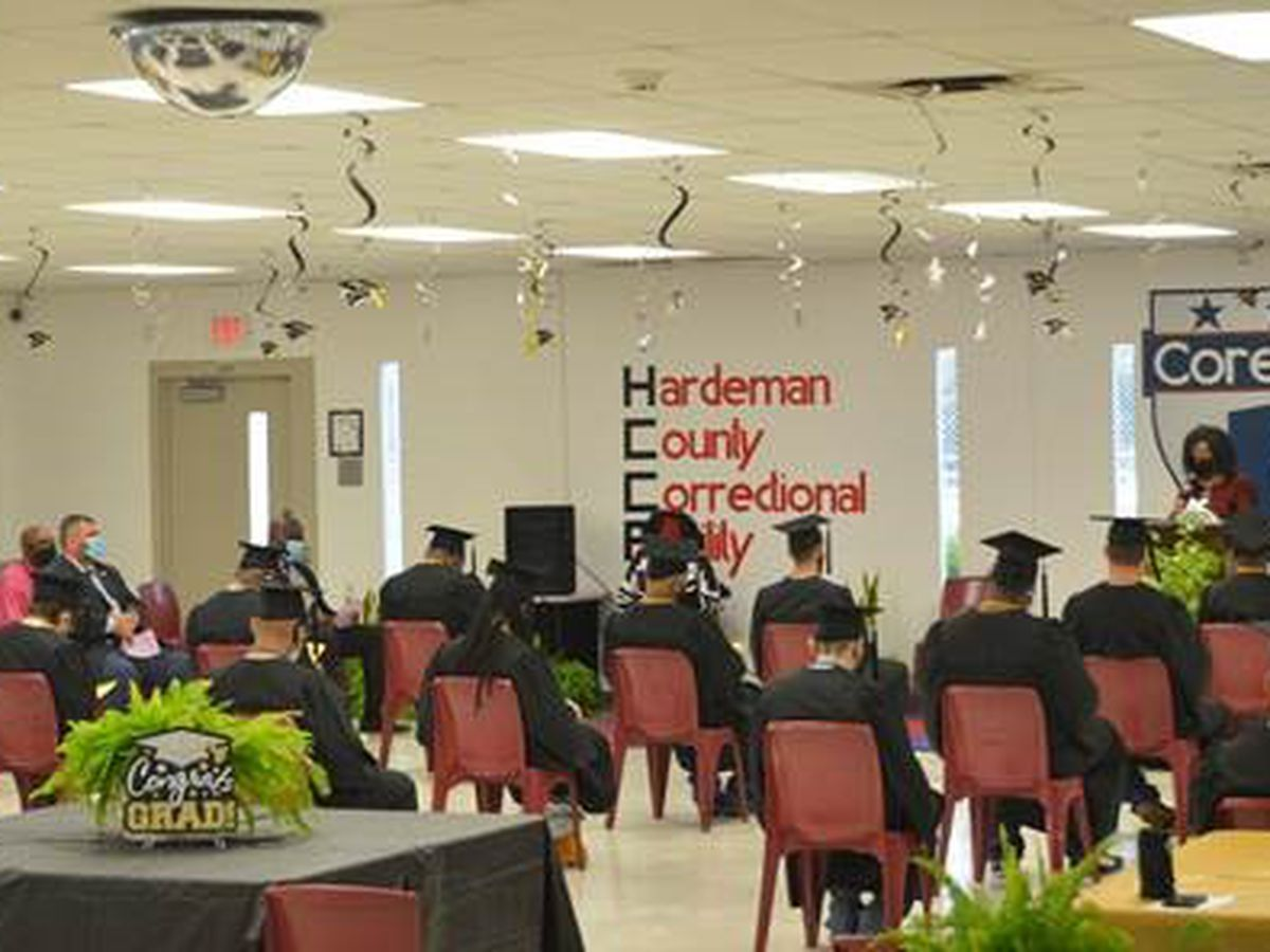 25 student-inmates graduate in Hardeman County