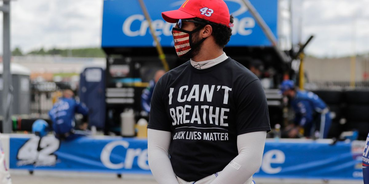 NASCAR's Bubba Wallace calls for end of Confederate flag at tracks