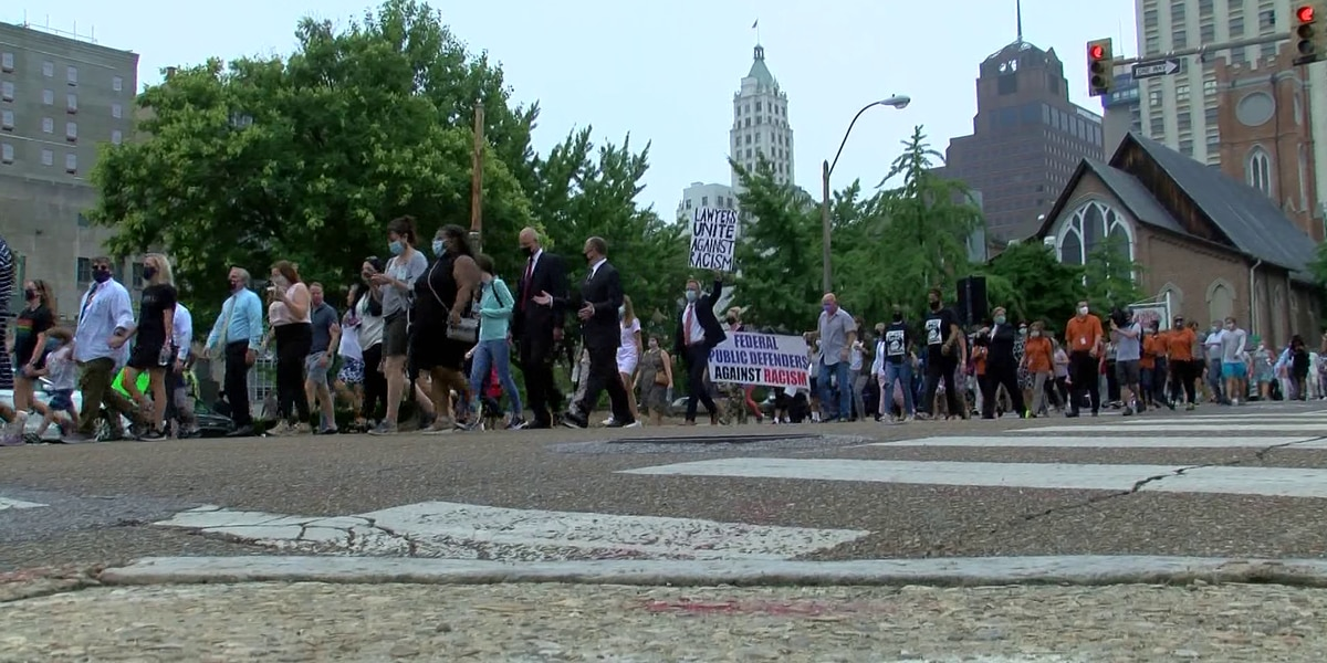 Hundreds of Memphis lawyers march to bring attention to racism in the U.S.
