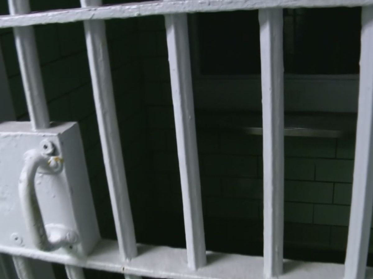 Mississippi law will ban shackling inmates during childbirth