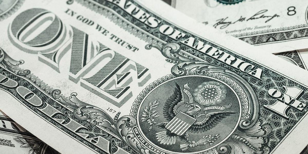 Arkansas governor opposes bills scaling back wage hike