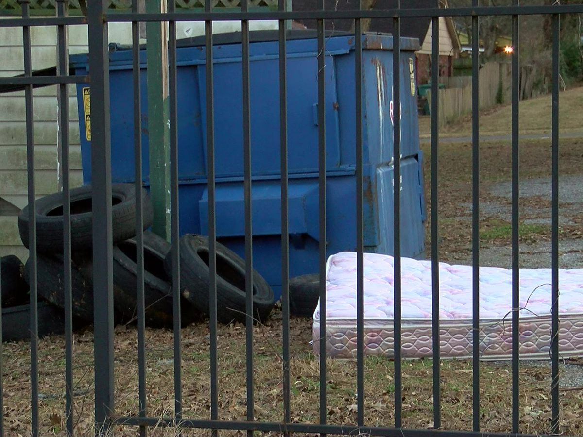City cleans up illegally dumped tires from Memphis neighborhood
