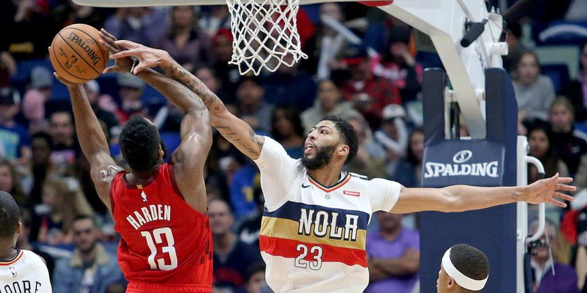 Report: Anthony Davis won't seek contract extension, requests trade