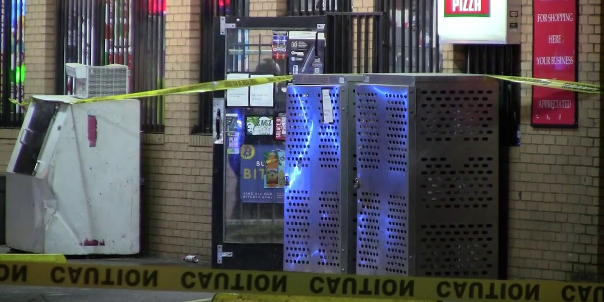 Memphis police investigating triple shooting at gas station
