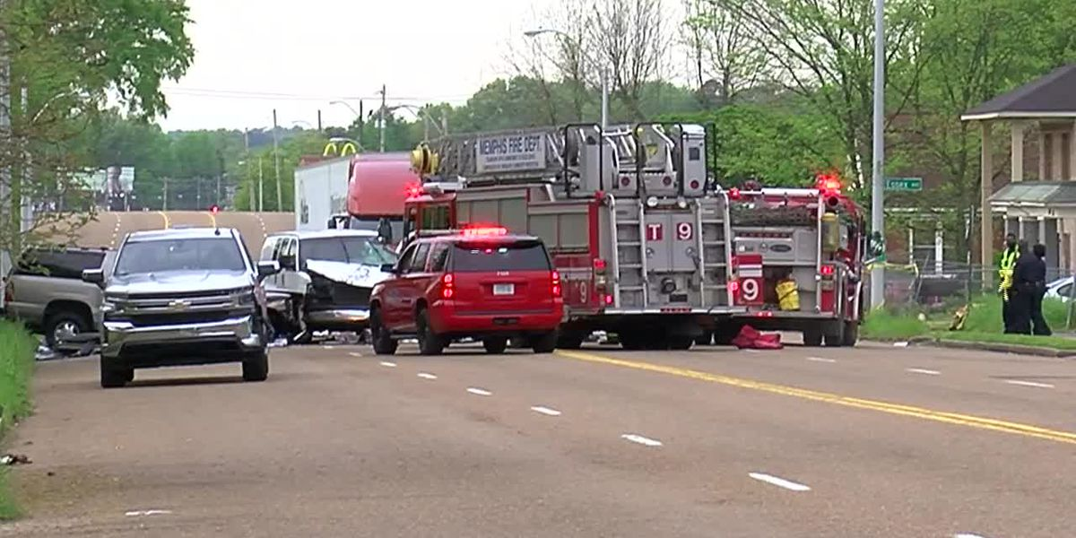 1 dead, 4 injured in South Memphis crash