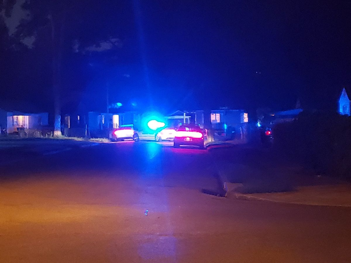 Toddler shot in southeast Memphis, police say