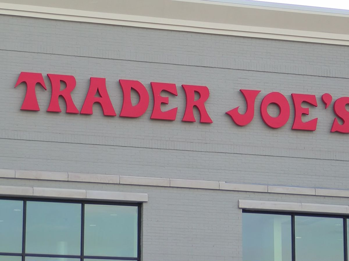 Police: Trader Joe's employees robbed at gunpoint