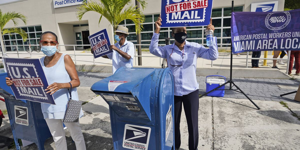 US officials: No signs of foreign targeting of mail-in vote