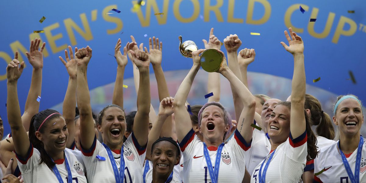 Women's soccer claim of unequal pay tossed, can argue travel