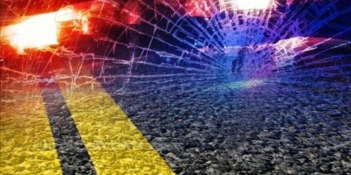 Passengers injured when car hits pole on Winchester Road