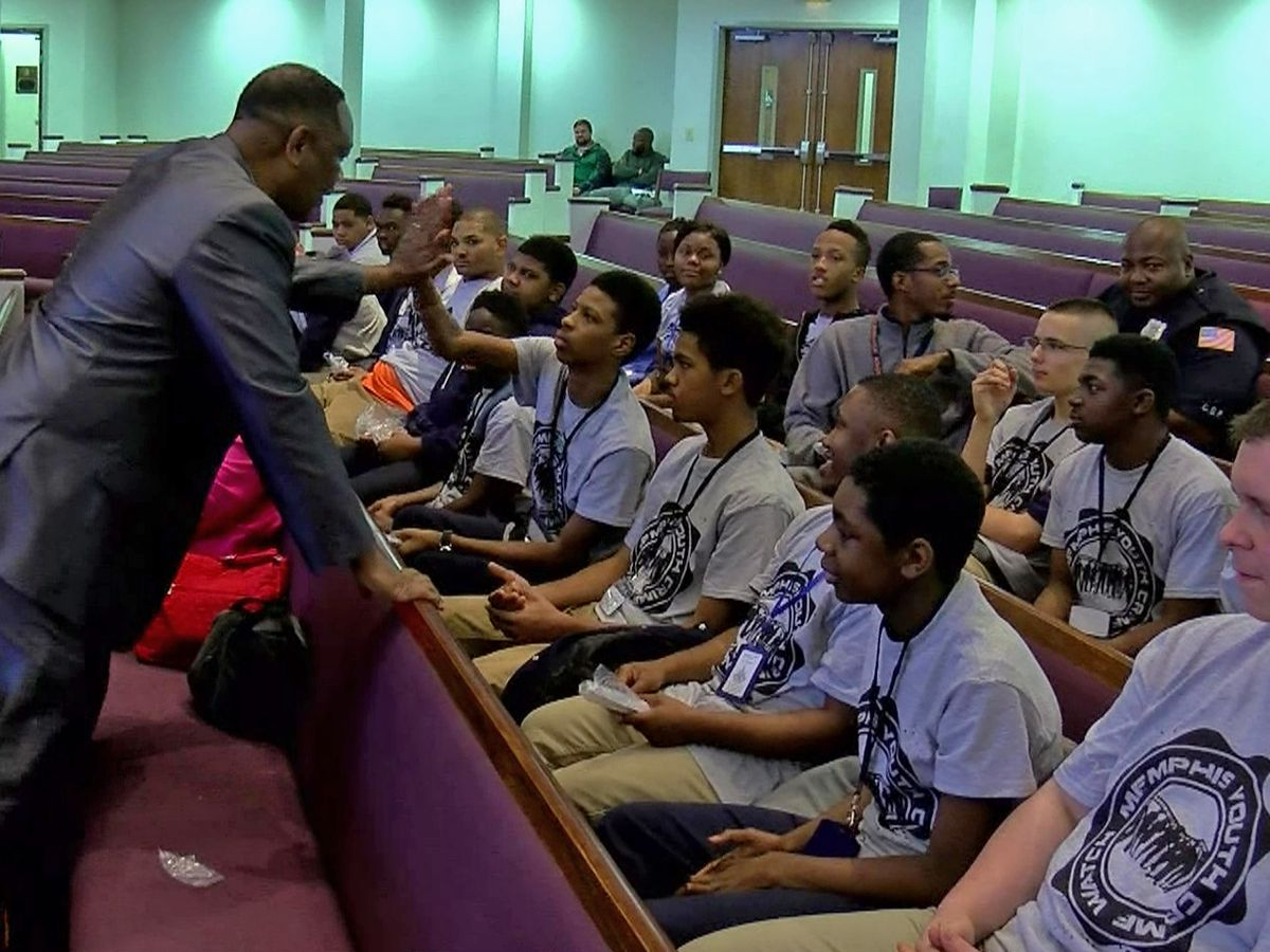 Memphis police empower students at annual conference