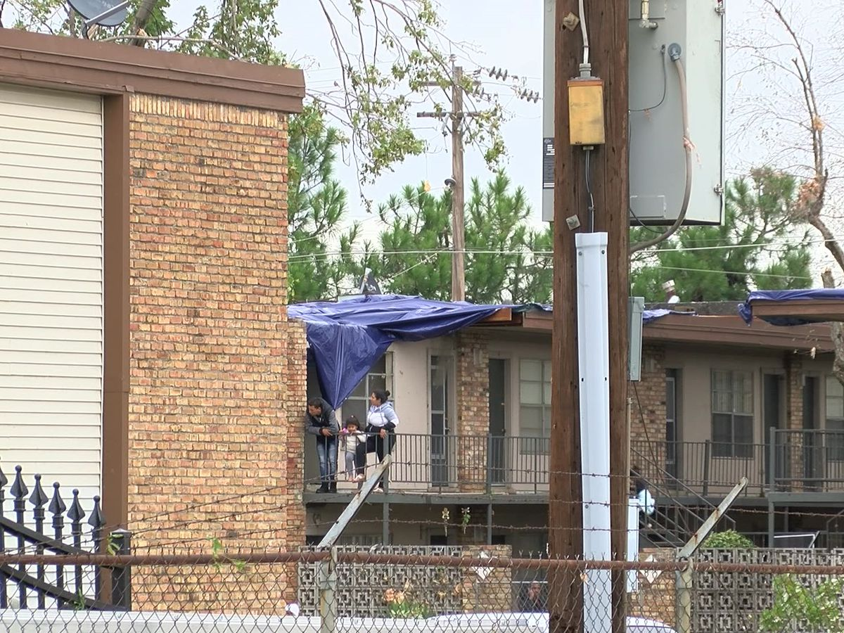 Parkway Village tornado leaves residents seeking shelter