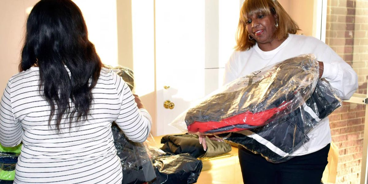 Mid-South Heroes: Woman creates Mississippi Coats4Kidz