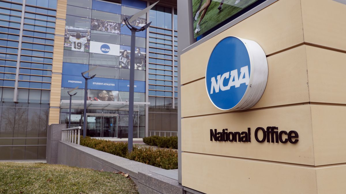 NCAA sets opening date for college basketball