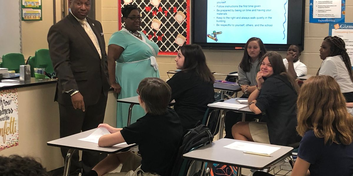 Ray calls literacy biggest challenge as SCS students head back to school