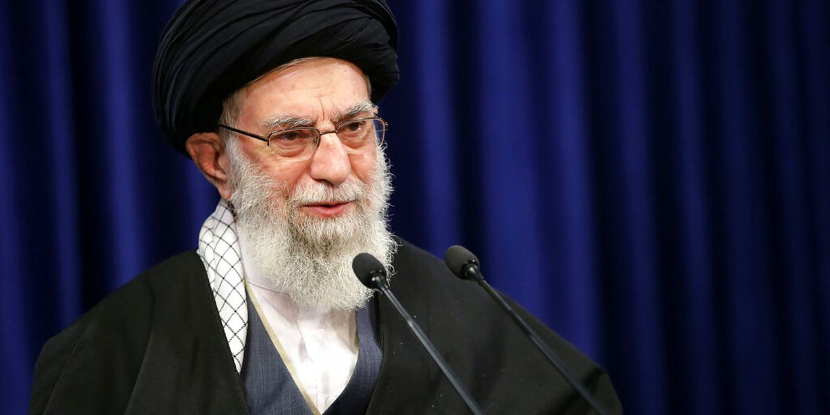 Twitter suspends Iran top leader's account over Trump threat