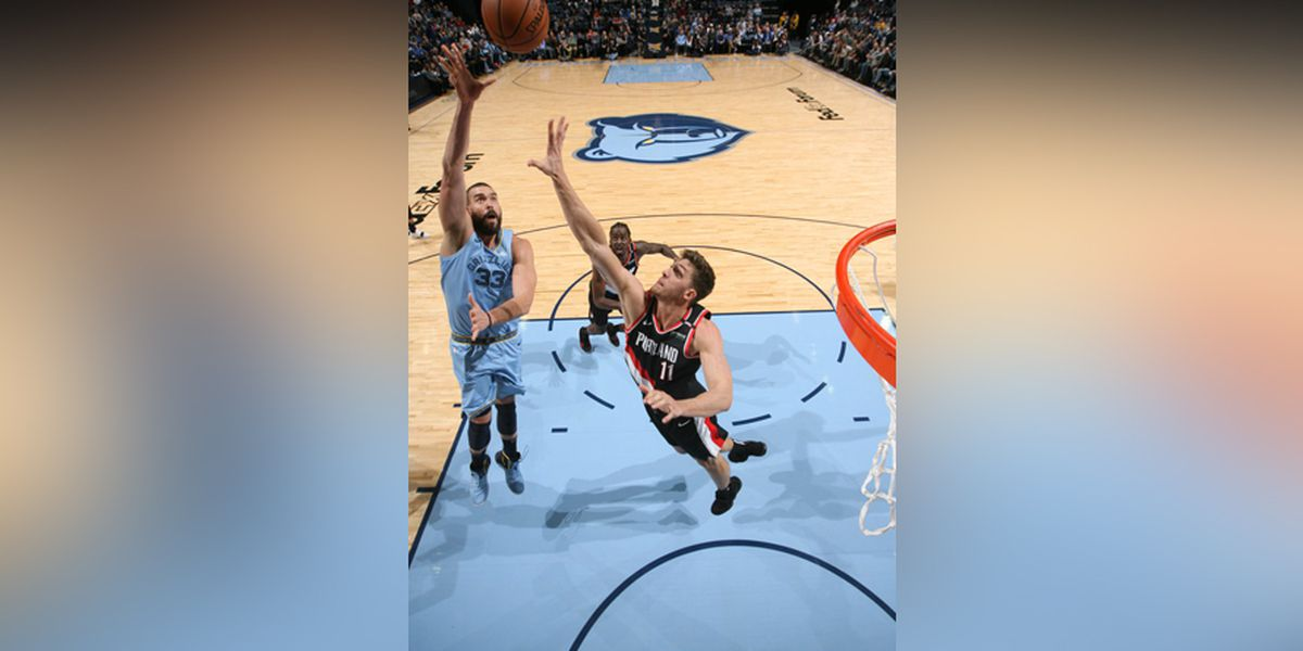 Grizzlies shake off losing streak, beat Trail Blazers