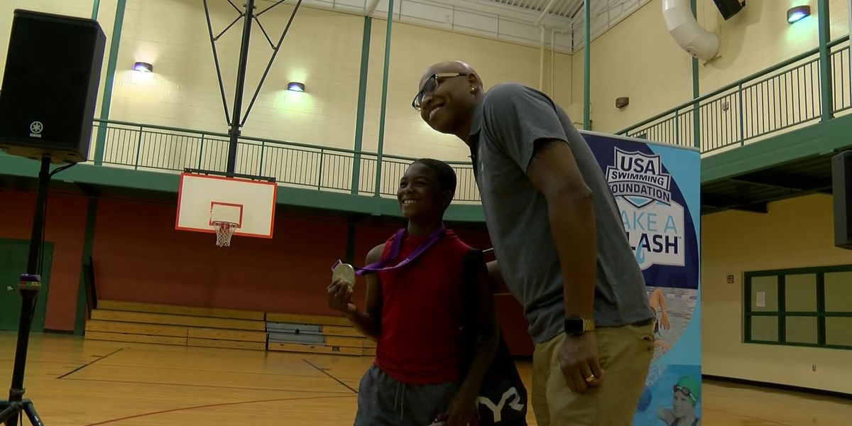 Olympians come to Memphis to help people learn to swim