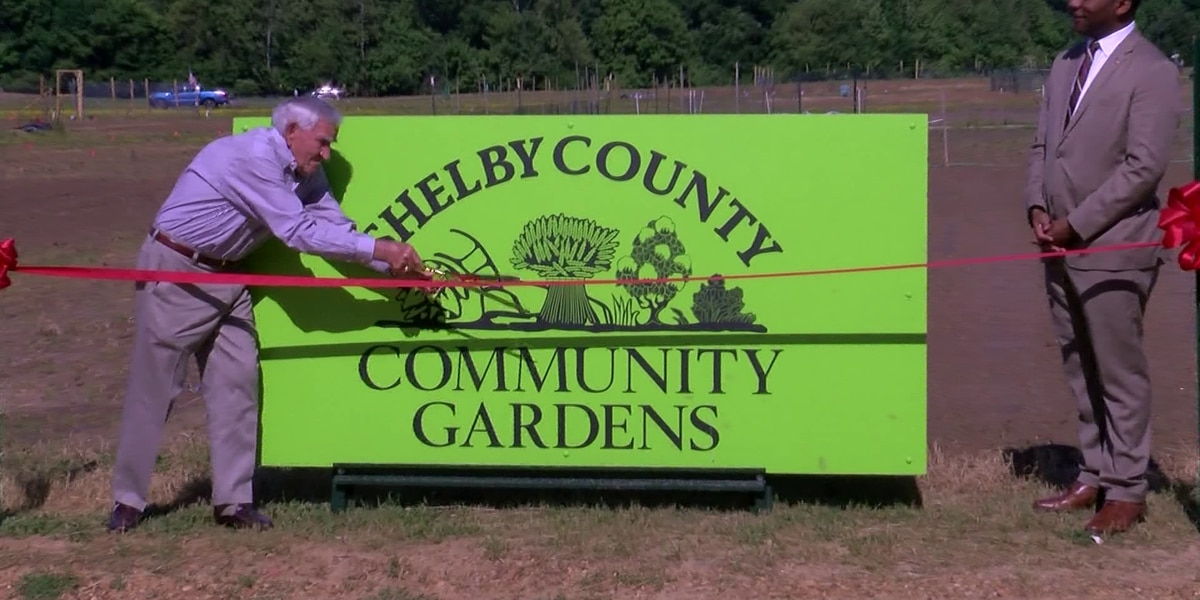 Mayor hosts ribbon cutting ceremony for Shelby County Community Gardens