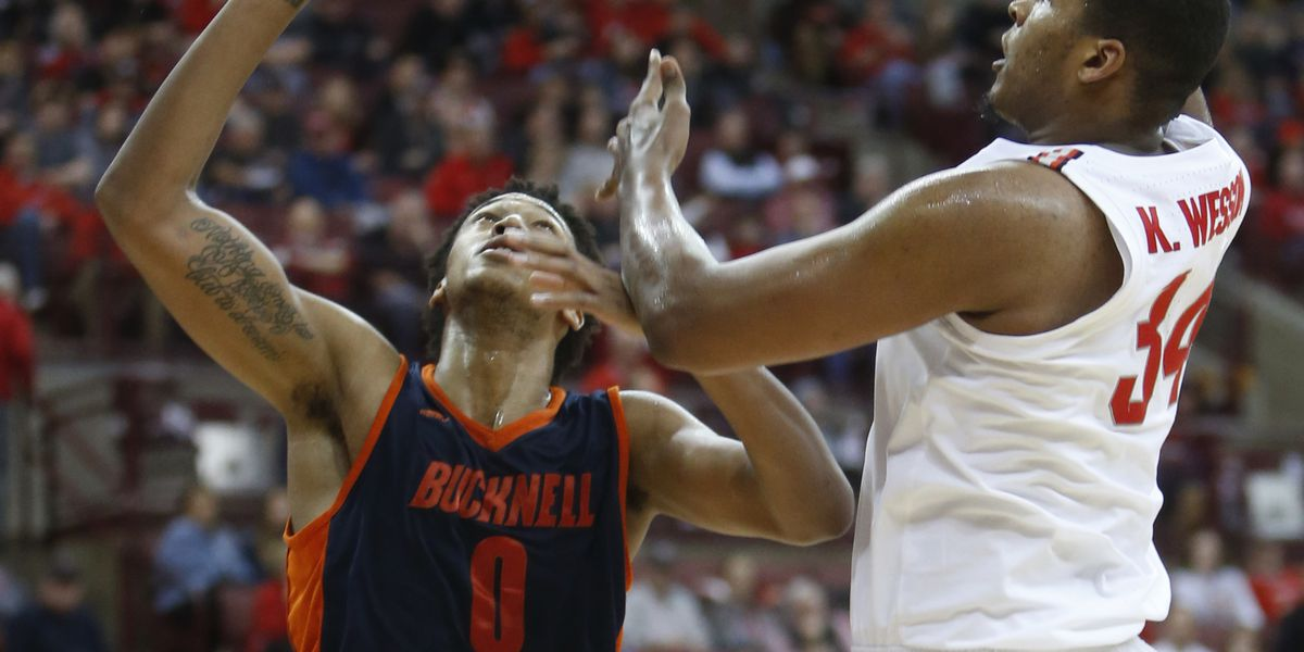 No. 15 Ohio State survives gritty Bucknell to win 73-71