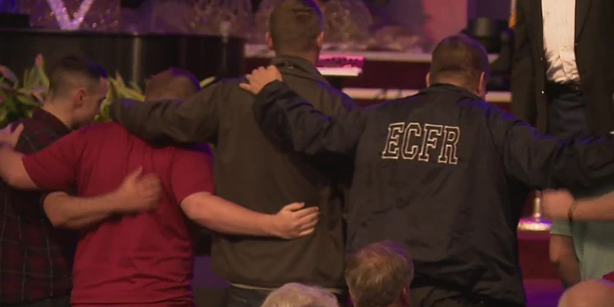 Vigil held for 3 victims as investigation into Pensacola shooting continues