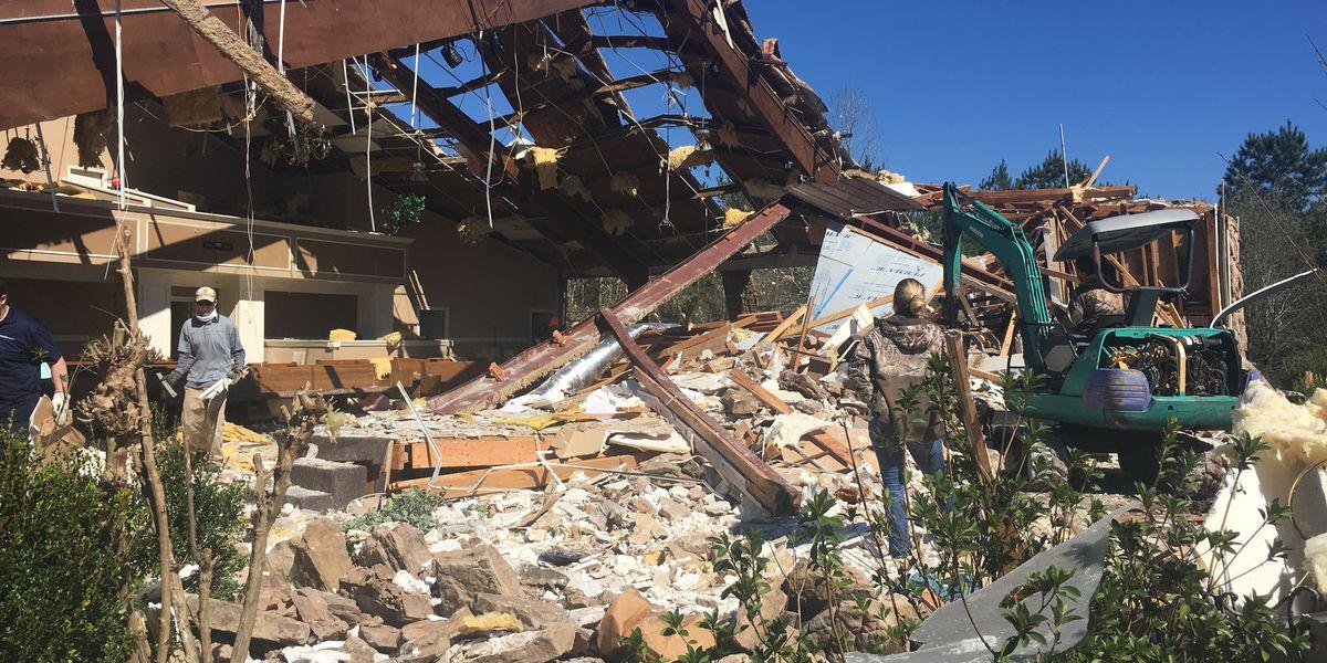 Cleanup begins for Columbus community in wake of devastating tornado damage
