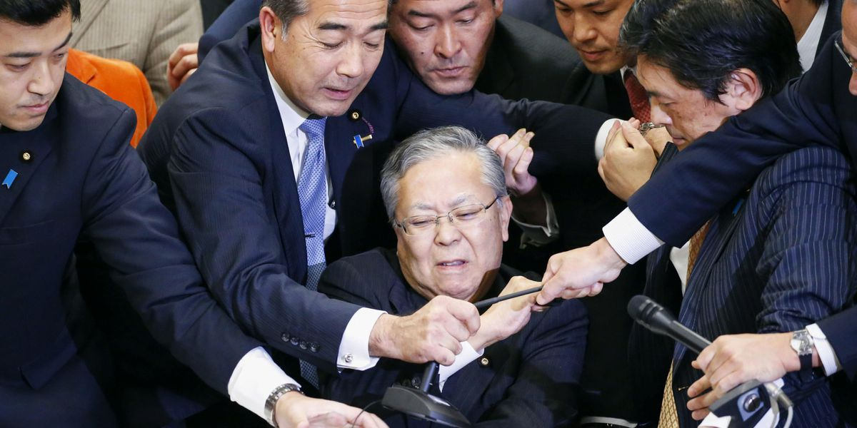 Japan OKs divisive bill allowing more foreign workers