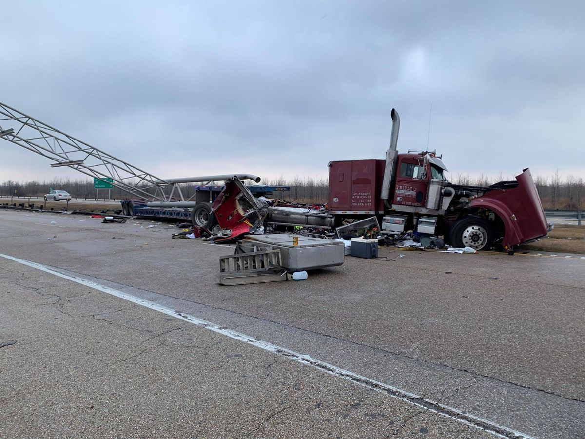 I-55 NB reopened after shutting down for several hours due to crash, fuel leak