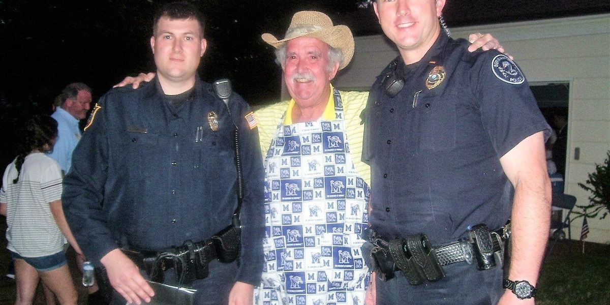 Germantown 'cop stop' gives thanks to first responders